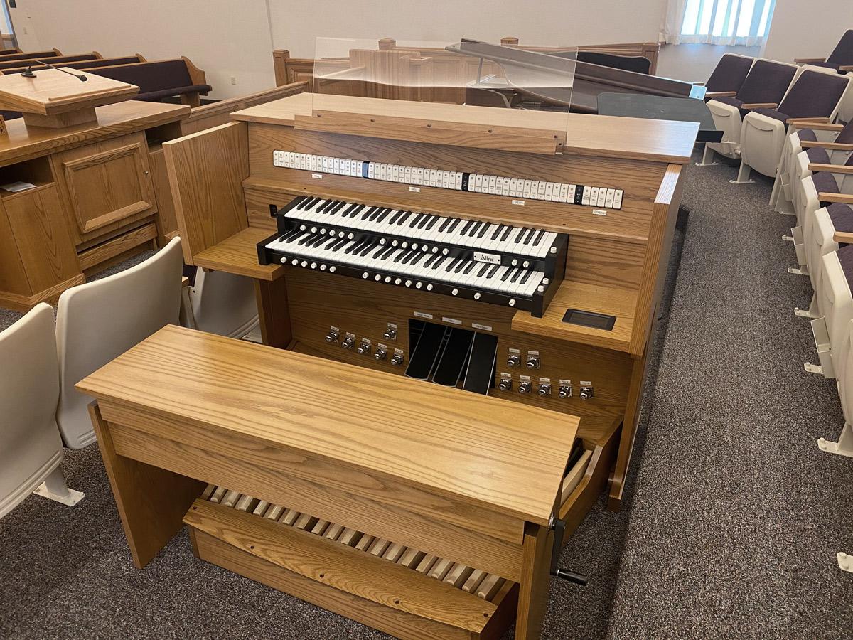 Allen LD34b - LDS Church, Odessa, MO