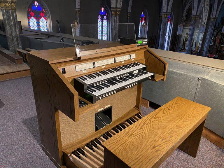 Allen CF-4 - St. Columban Catholic Church - Chillicothe, MO